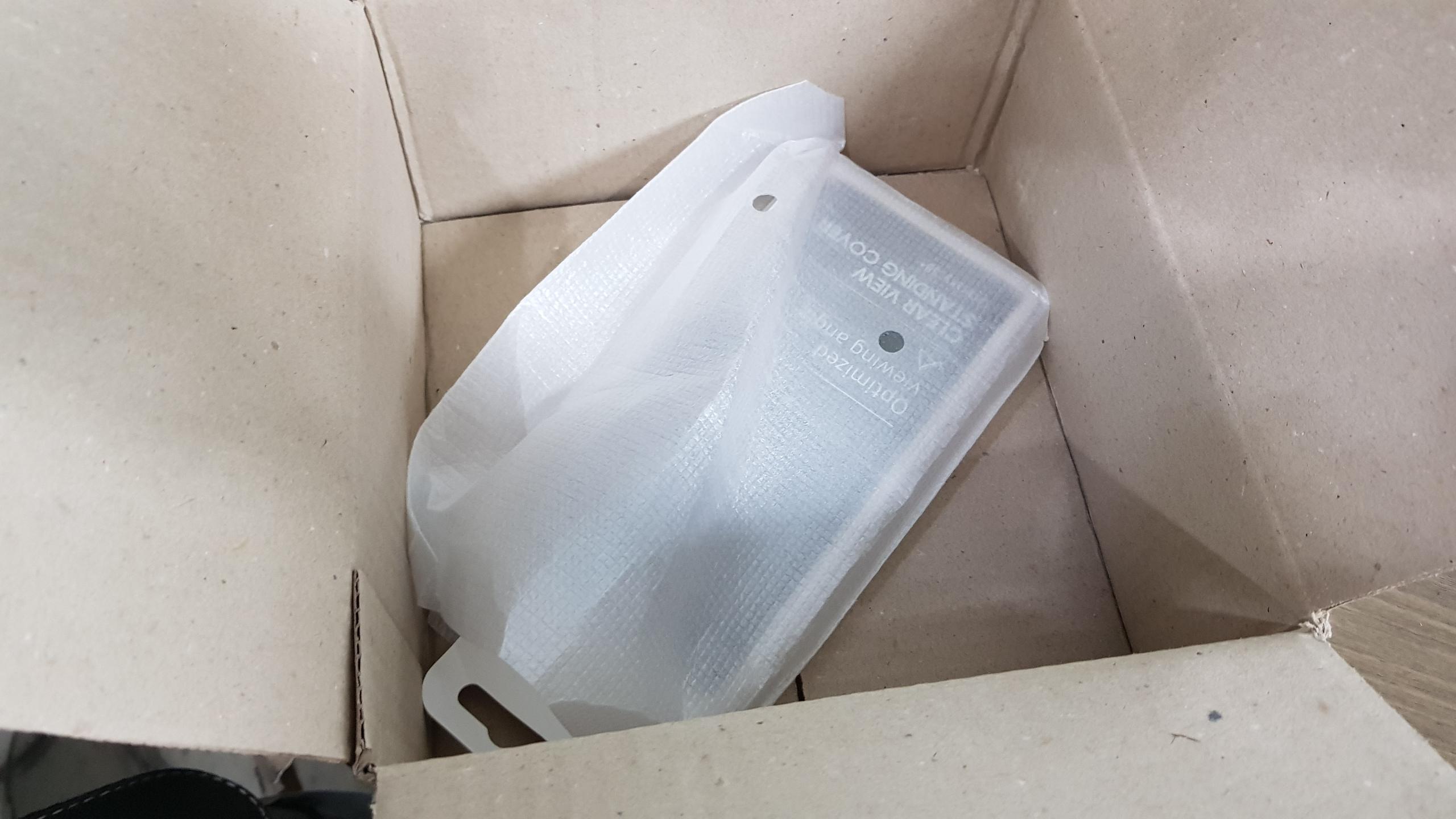 갤럭시 S8 플러스 클리어뷰 스탠딩 커버 포장